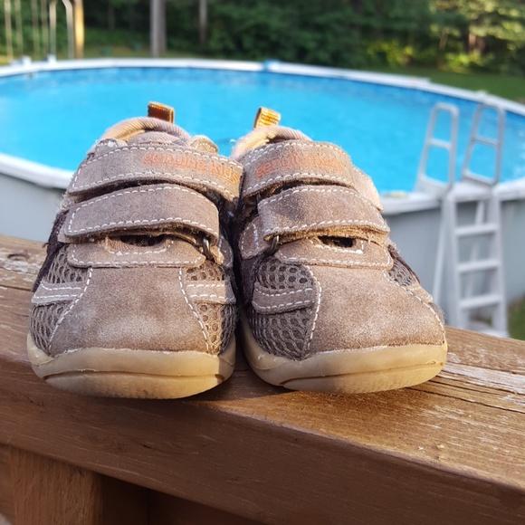 OshKosh B'gosh Shoes | Genuine Kids Non